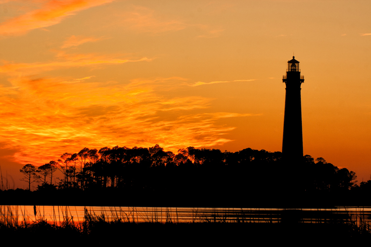 F_Lighthouse-silhouette-at-su.jpg