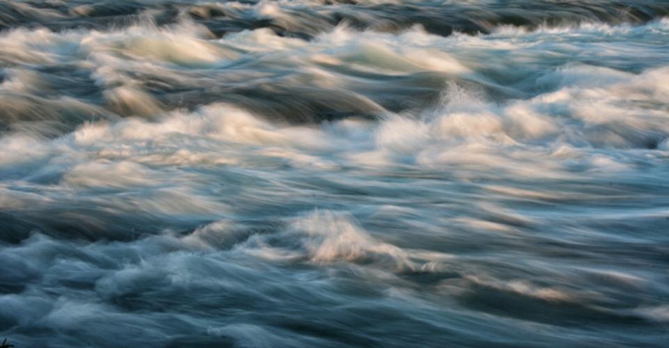 F_Niagara-River.jpg