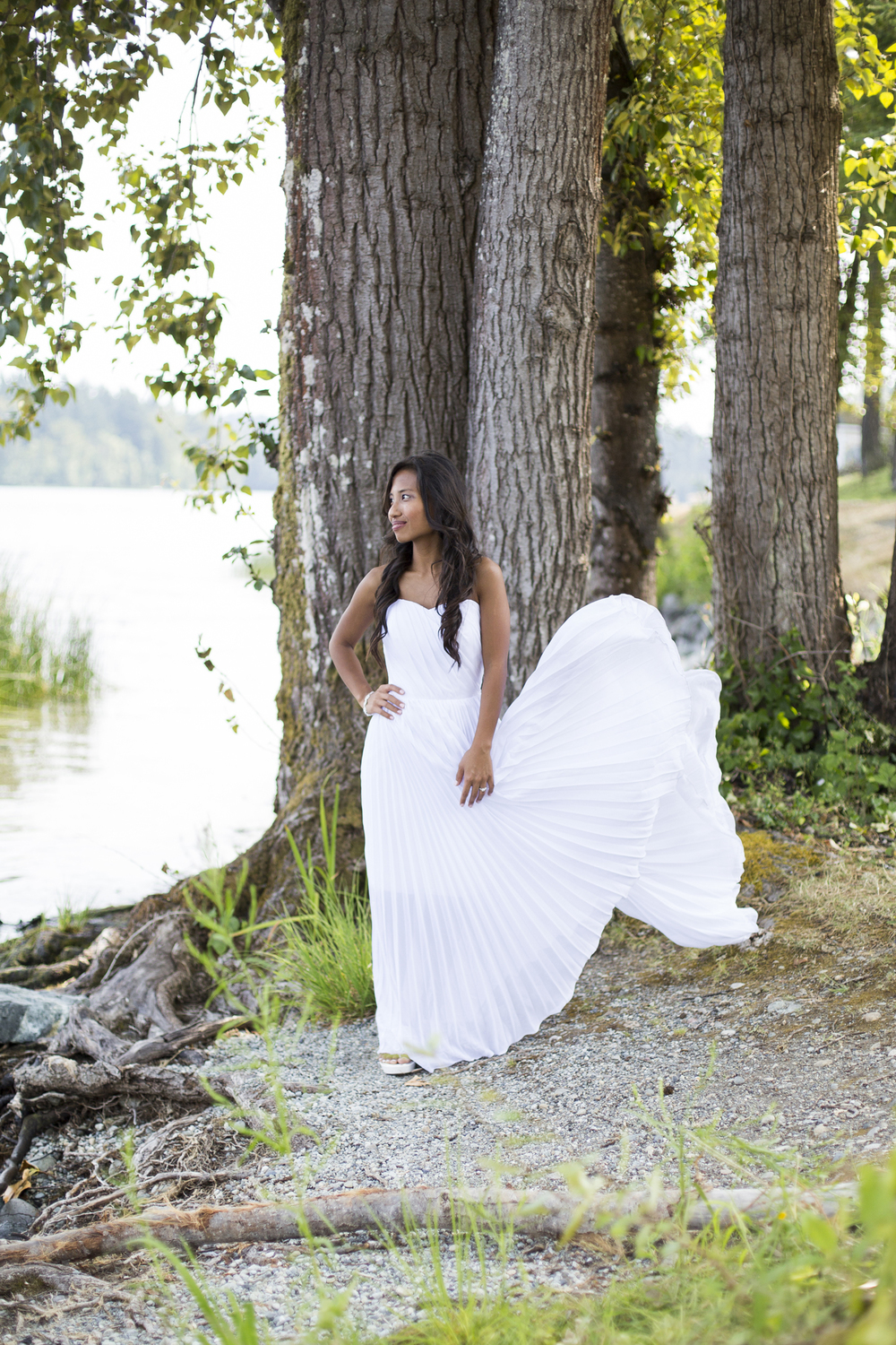 Jaeda-Reed-Wedding-MD-Wind-Dress-Flowing.jpg
