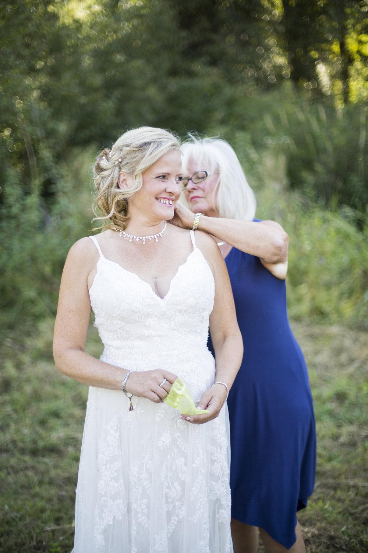 Seattle-Tacoma-Wedding-Photographer-Jaeda-Reed-LS09.jpg