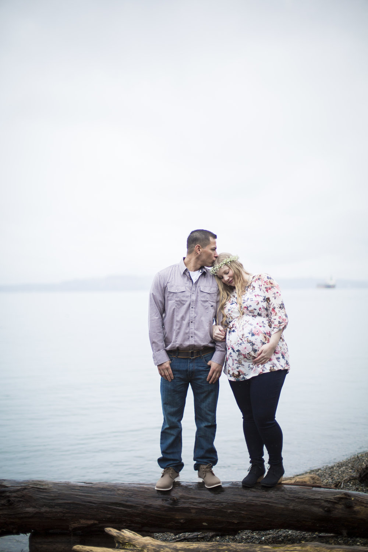 Seattle-Tacoma-Maternity-Photographer-Jaeda-Reed-AB06.jpg