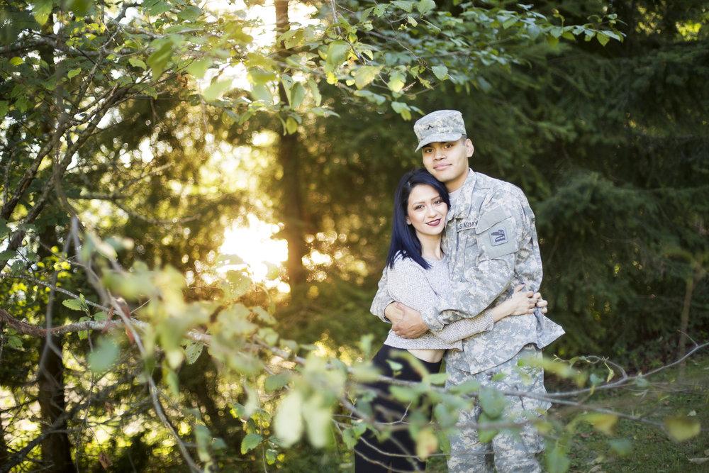 Seattle-Tacoma-Engagement-Photographer-Jaeda-Reed-SME01.jpg