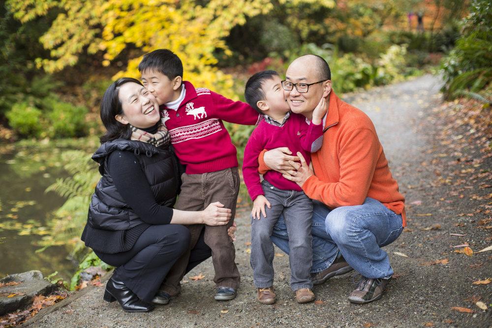 Seattle-Tacoma-Family-Photographer-Jaeda-Reed-KIM03.jpg