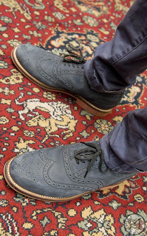 Henry Bucks Mens Shoes