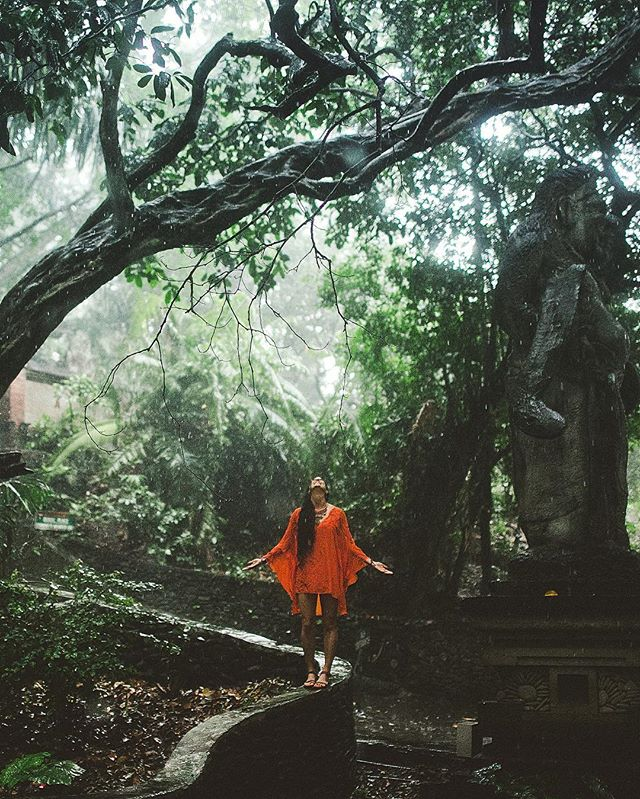 Embracing the fact that @fullyrawkristina & I got caught in a tropical storm ⚡️ Bali, you are magical 🐒✨