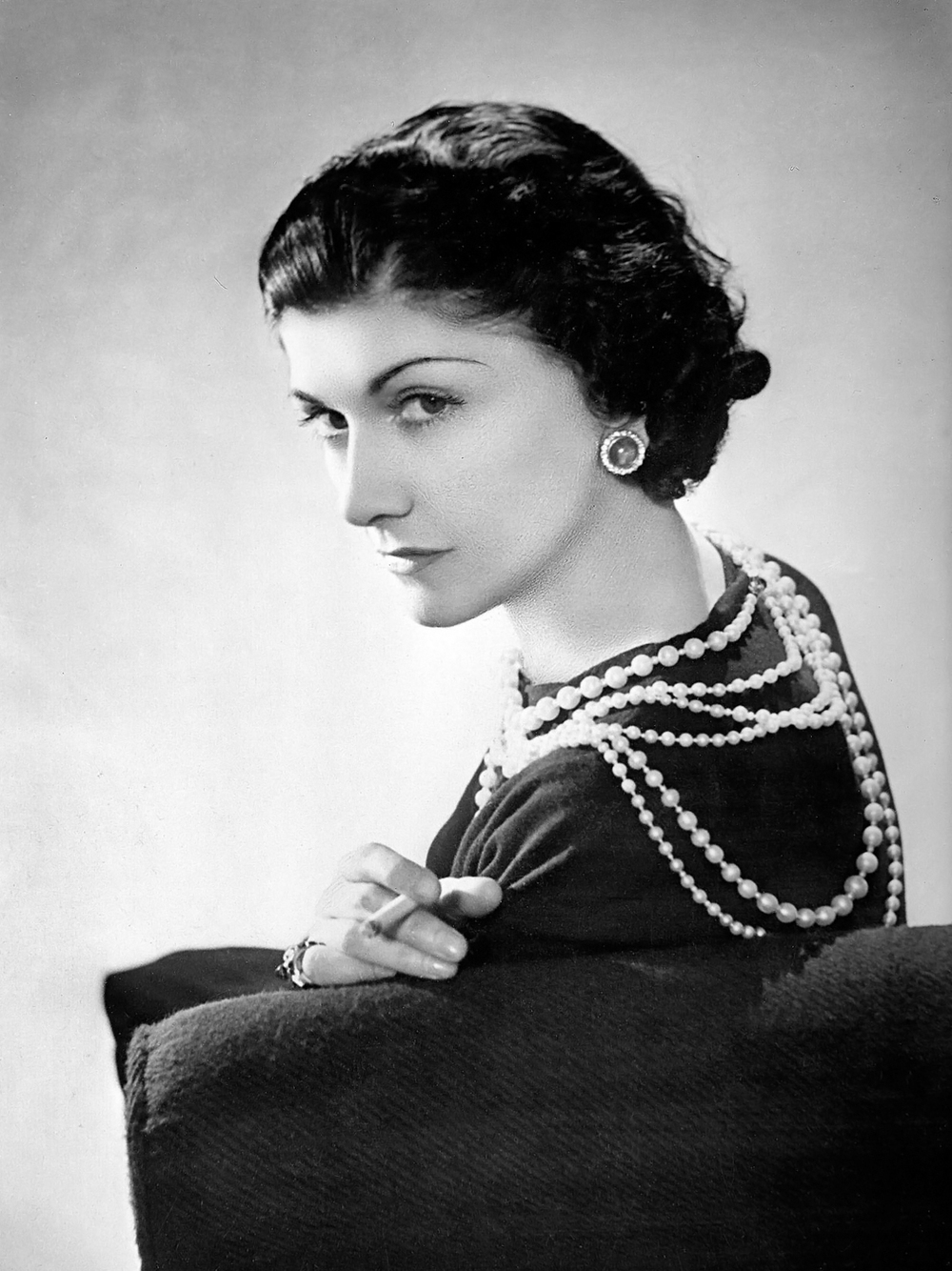 Coco Chanel - a true Champion of pearls