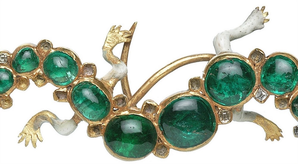 An emerald, gold and enamel lizard-like brooch from the Cheapside hoard
