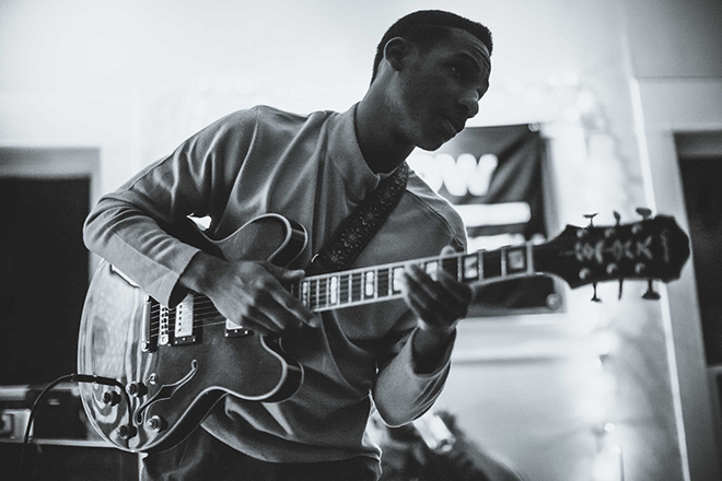 Leon Bridges // Texas Native // Studio Tunes // A Rosy Outlook Blog