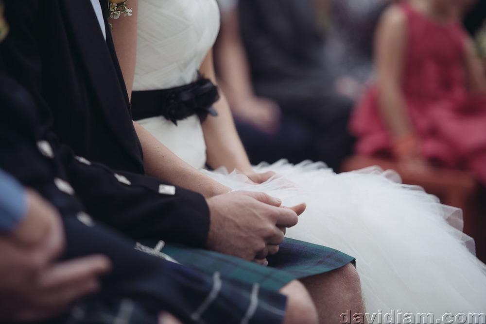 Pioneer-Villiage-London-Wedding-Photographer-031.jpg