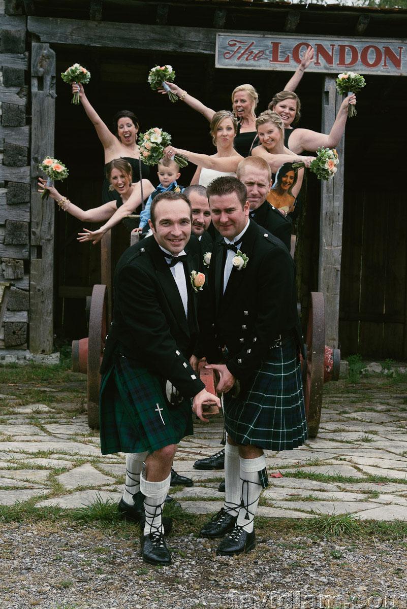Pioneer-Villiage-London-Wedding-Photographer-050.jpg