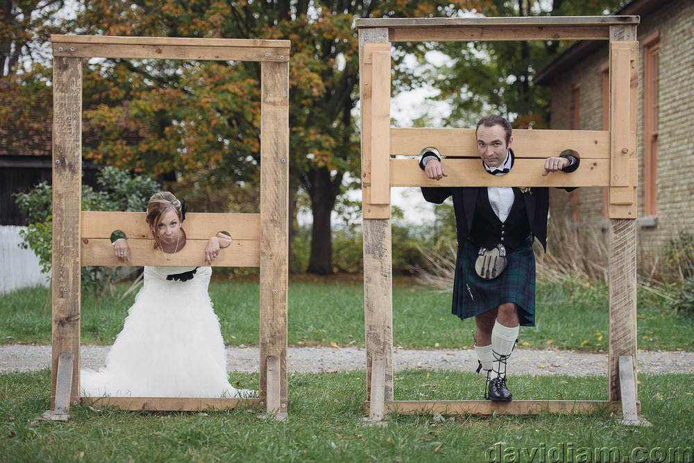 Pioneer-Villiage-London-Wedding-Photographer-055.jpg