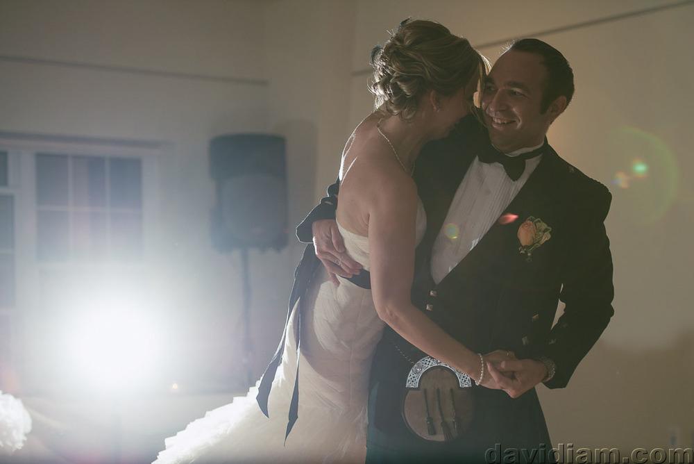 Pioneer-Villiage-London-Wedding-Photographer-079.jpg