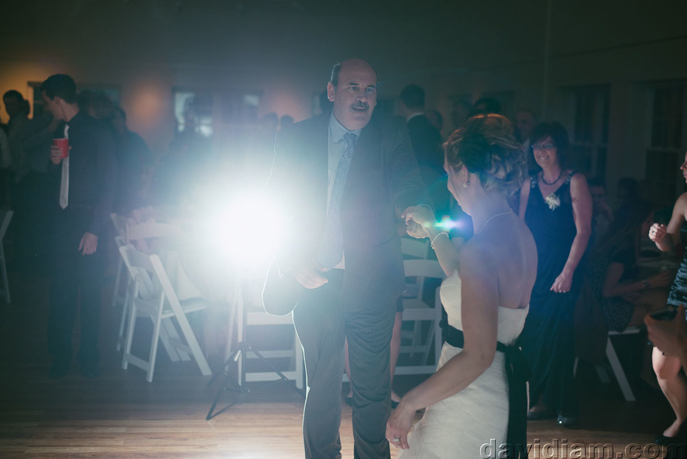 Pioneer-Villiage-London-Wedding-Photographer-085.jpg