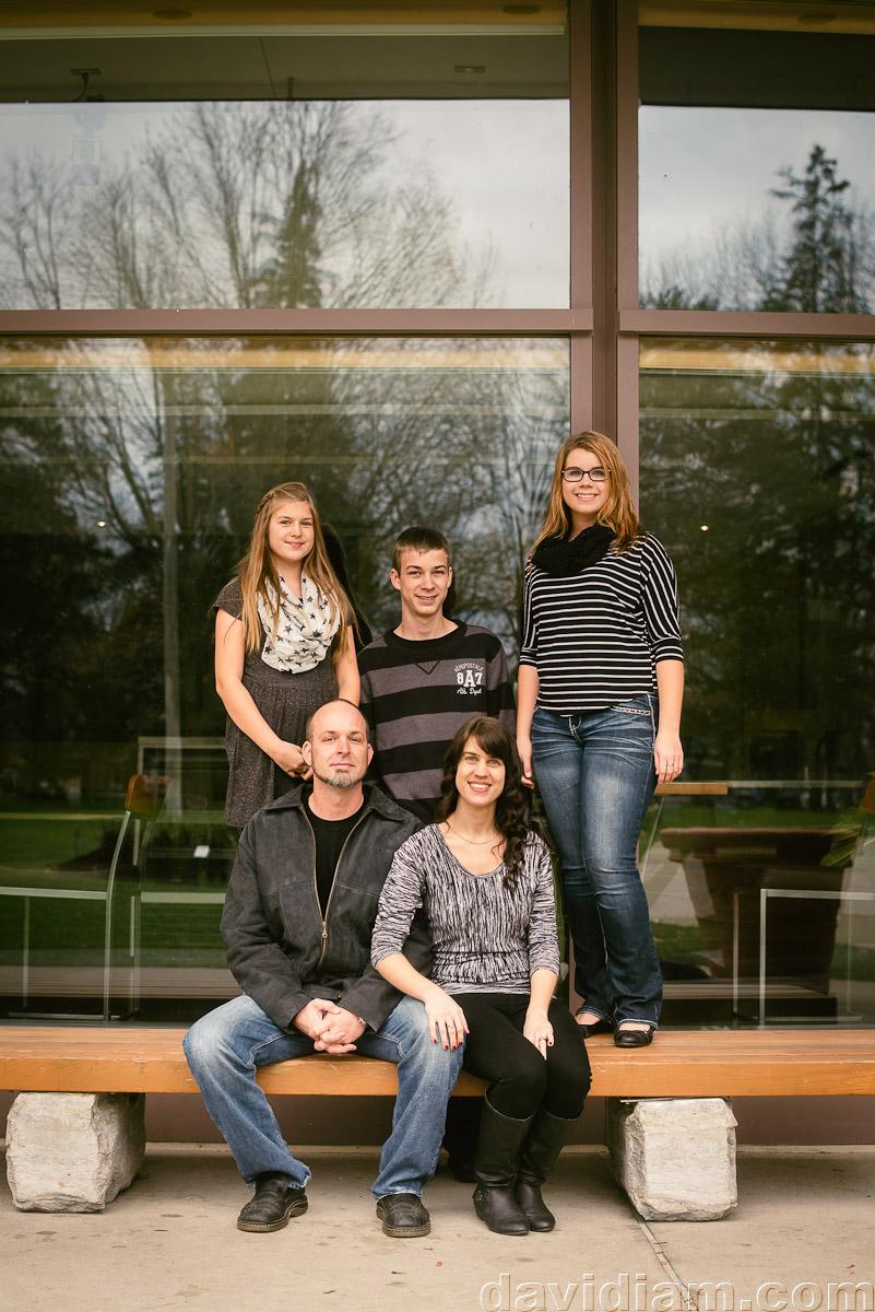Modern-Family-Photo-Photographer-Stratford-006.jpg