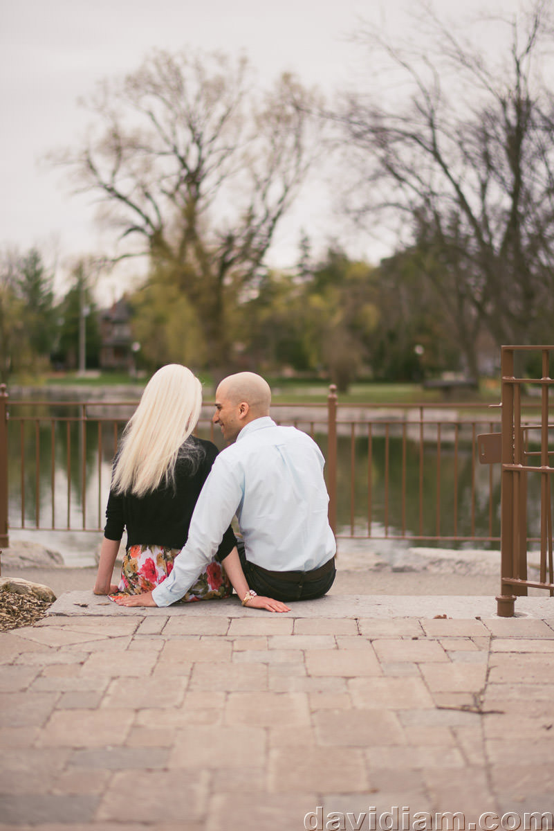 Victoria-Park-Engagement-Photography-Kitchener-002.jpg