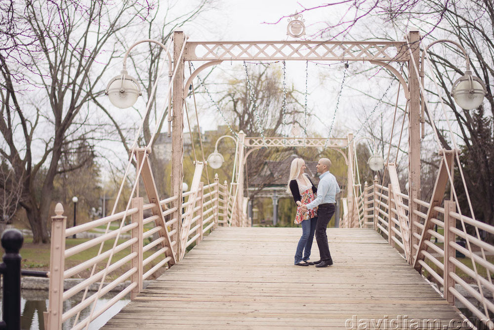 Victoria-Park-Engagement-Photography-Kitchener-005.jpg