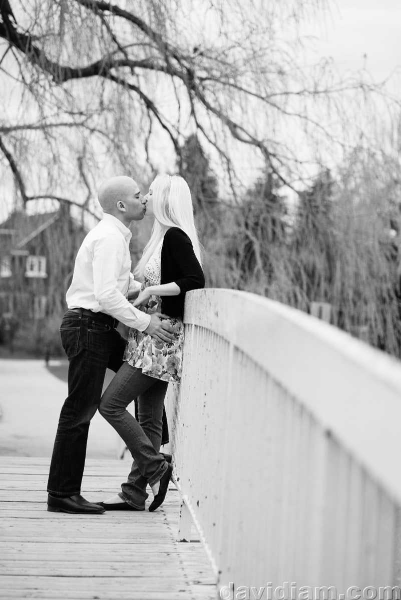 Victoria-Park-Engagement-Photography-Kitchener-019.jpg
