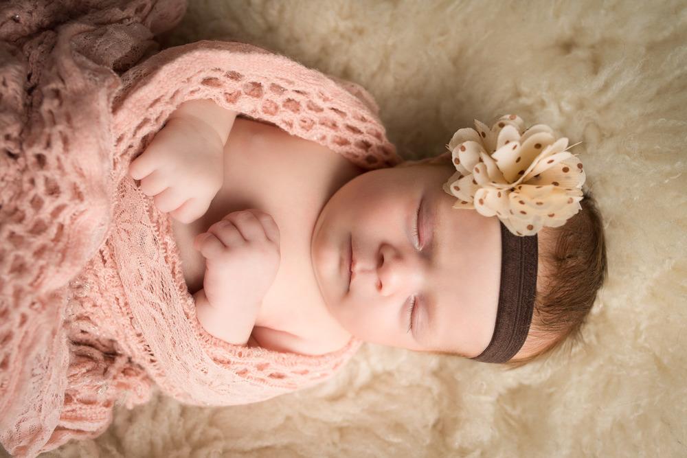 Newborn-photography-Stratford-Ontario-davidiam-photography-001.jpg