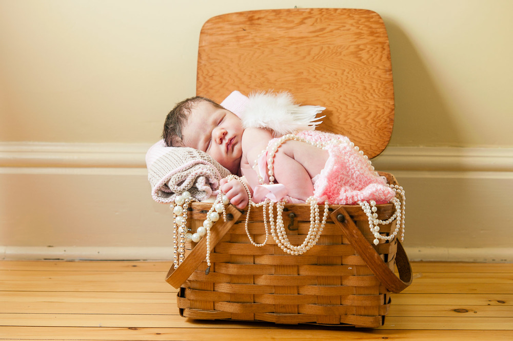 creative-newborn-baby-photography-001.jpg