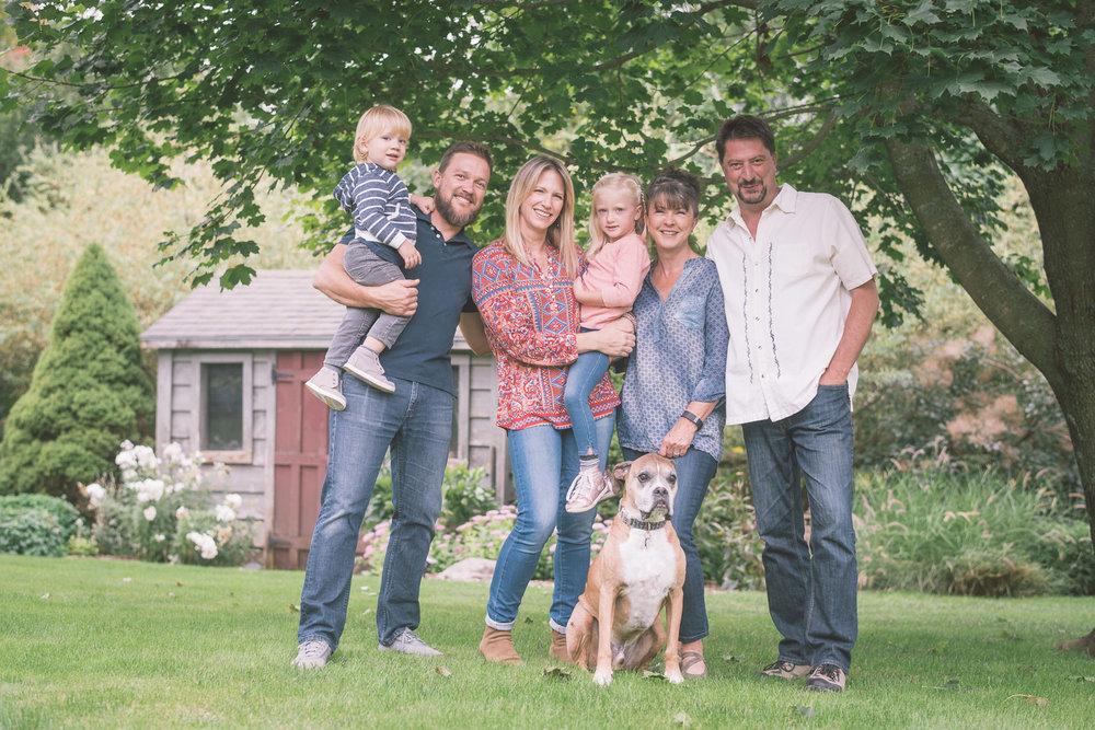 modern-family-photography-portrait.jpg