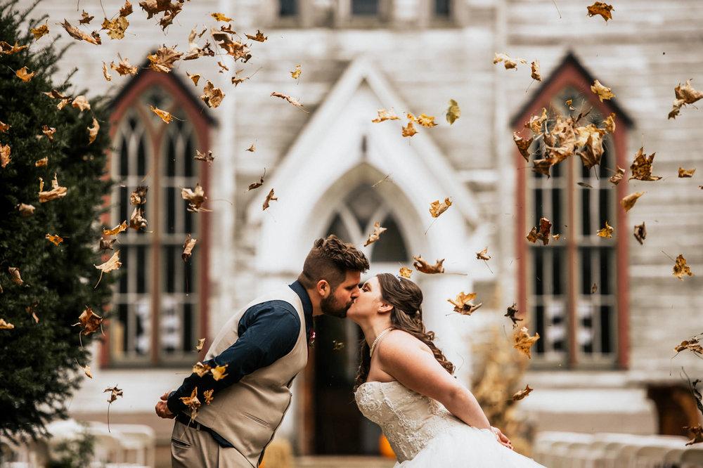 fall-wedding-cranberry-creek-001.jpg