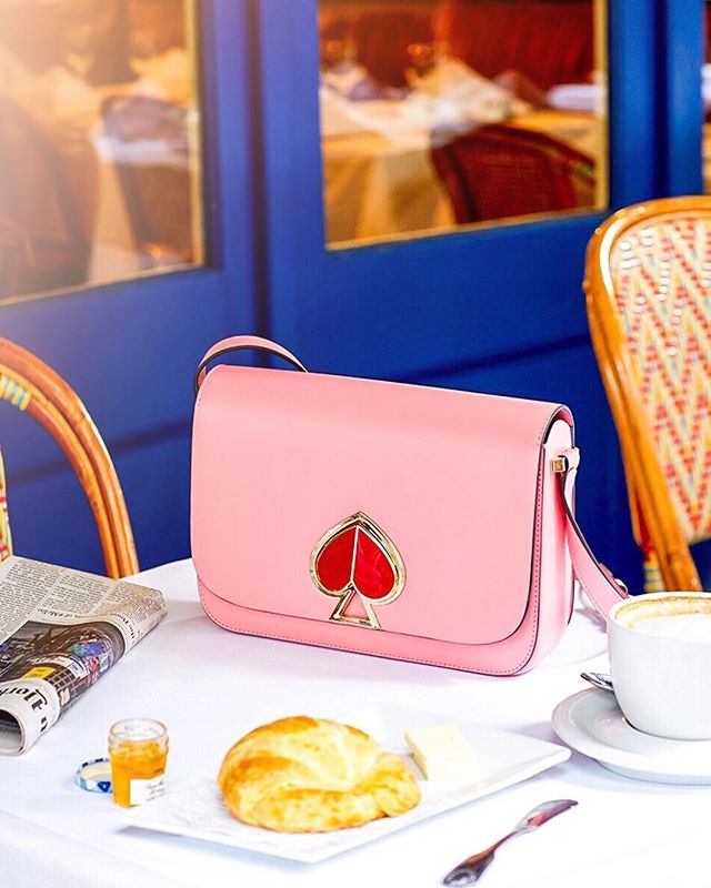 🥂#powerbrunch is the new #powerlunch 📈 #gogetemtiger 👛 4-page feature #KateSpadeNewYork x #newworktsay for #ELLEJapan Spring issue 📸🌸 & the spade ♠️ logo on this Nicola Bag is also an upside-down heart twistlock! ♥️