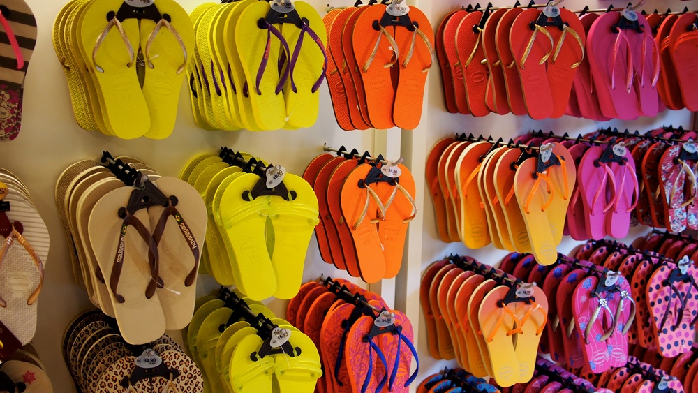 Hankering for some sweet Havaiannas? You stop by a store on the tour and you get a 10% discount on what you buy