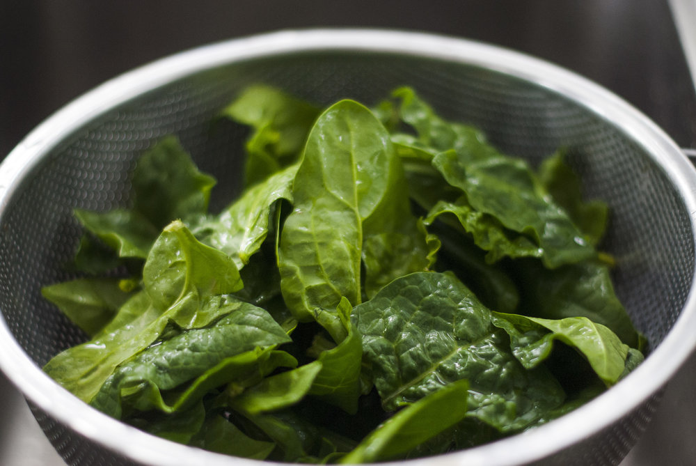 Spinach is an excellent source of vitamin C, an essential anti-anxiety nutrient.