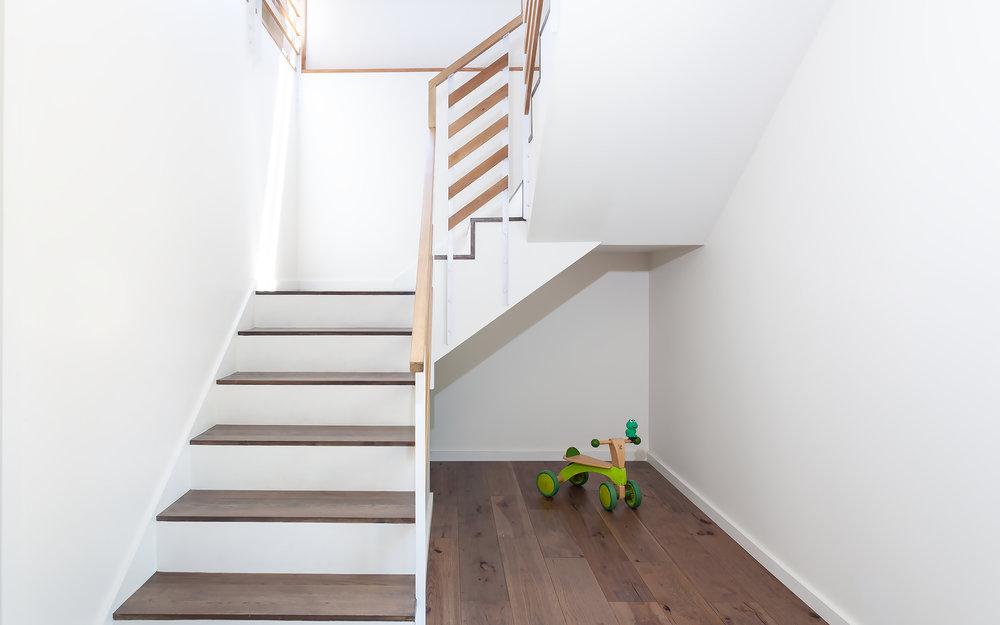 Stair1JPG.jpg
