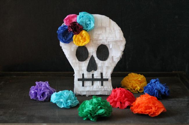 Mini Sugar Skull Pinata | via Maritza Garcia.