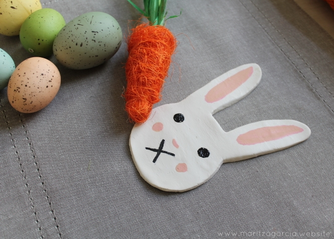 DIY Easter Bunny Clay Dishes | www.maritzagarcia.website