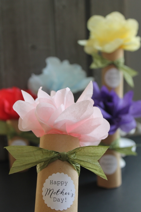 Mother's Day Paper Flower Bouquet DIY Surprise