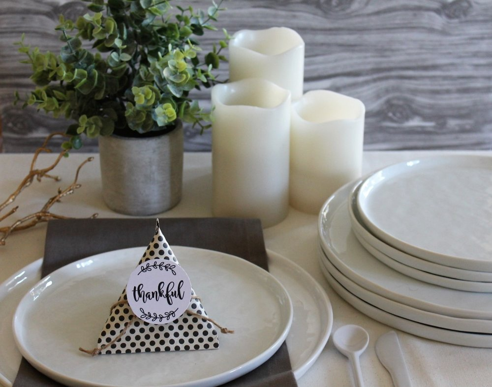Thankful Place Settings | www.maritzagarcia.website