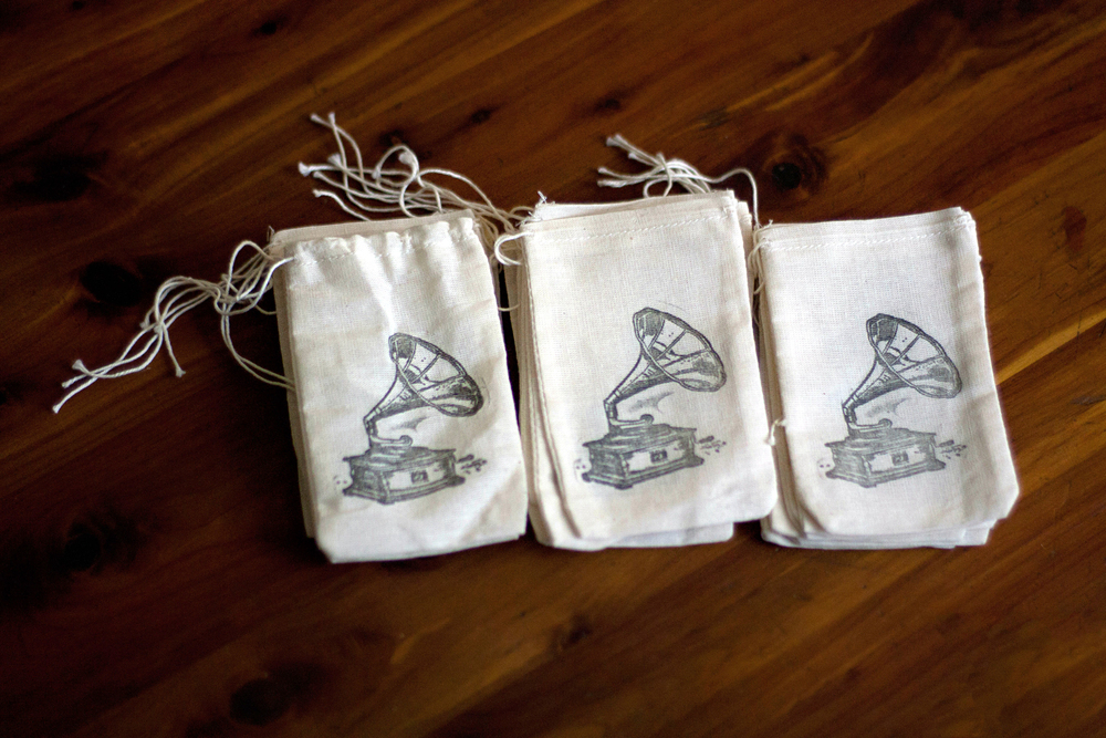 Stamped Muslin Favor Bags
