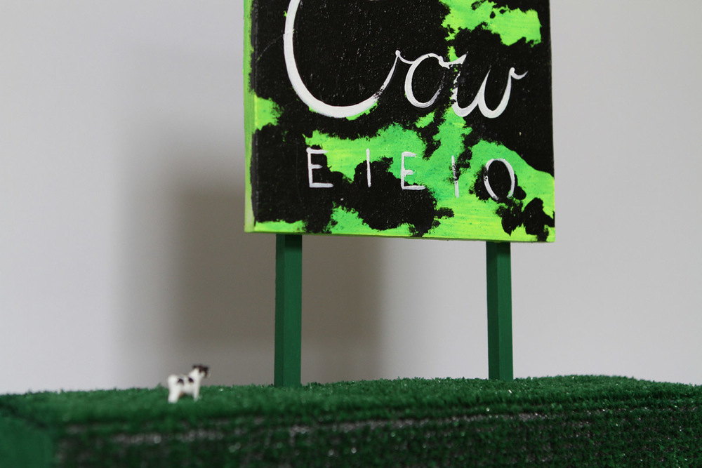 P17_cow_jewelrystand (7).jpg