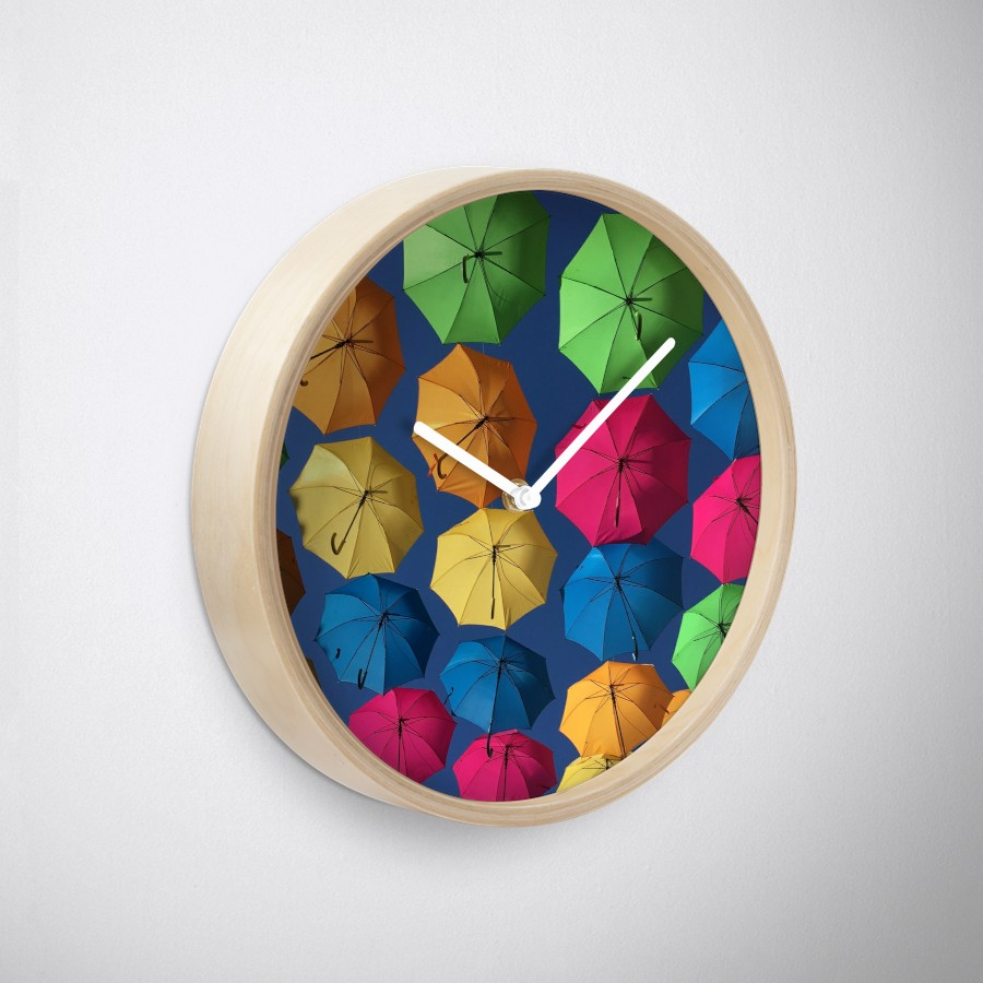 Florida umbrellas wall clock