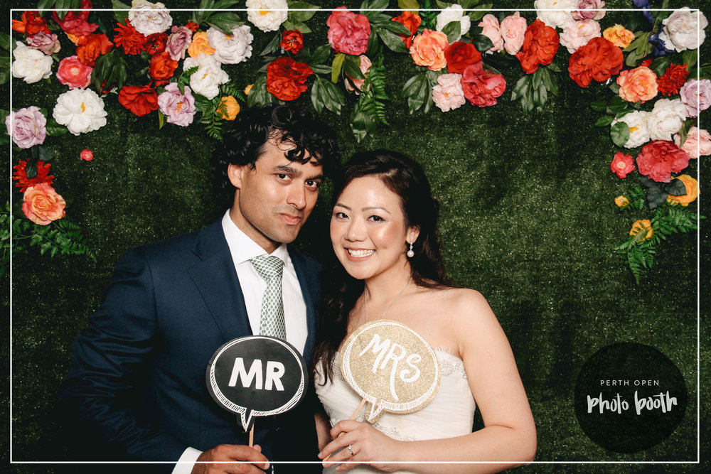 DARAM & JESS'S WEDDING RECEPTION   PASSWORD: PROVIDED ON THE NIGHT   - ALL LOWERCASE -