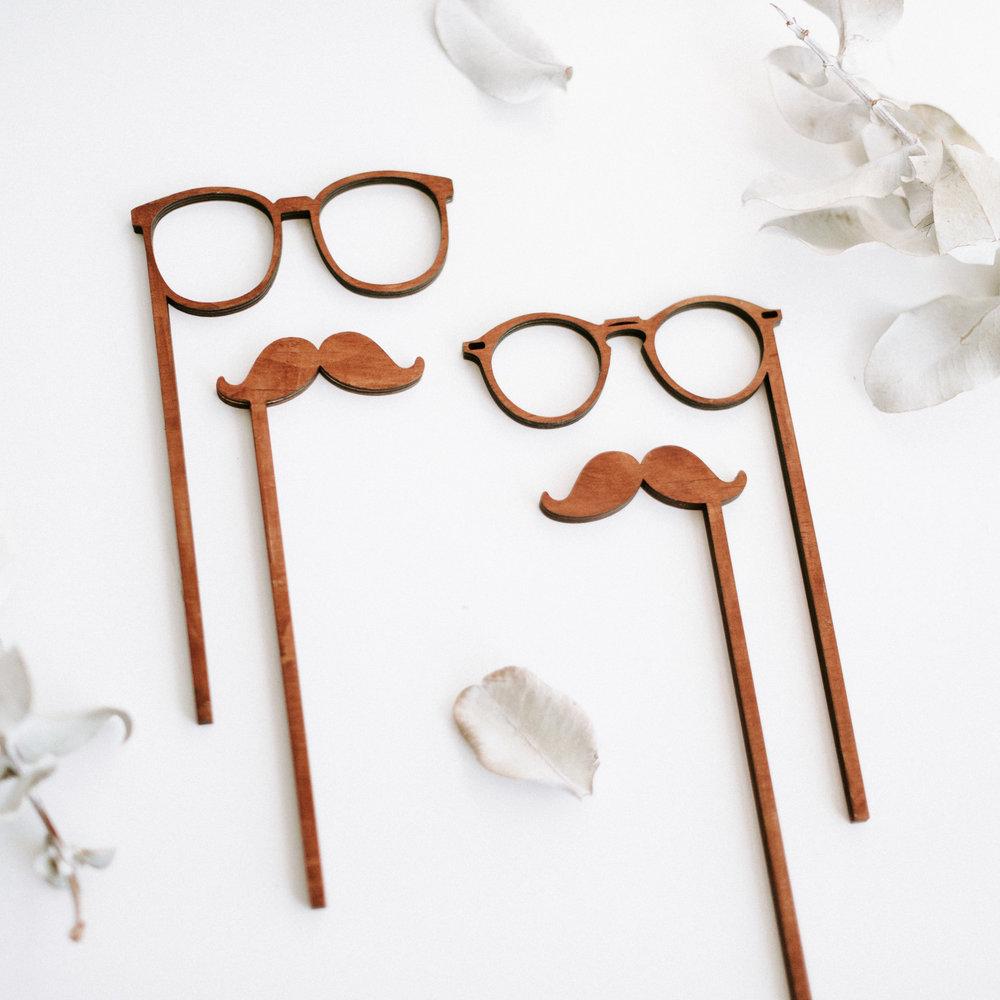 Specs & Mo's.jpg