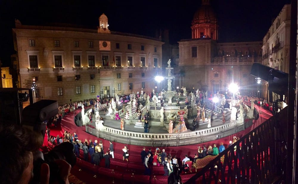Fashion show in Piazza Pretoria