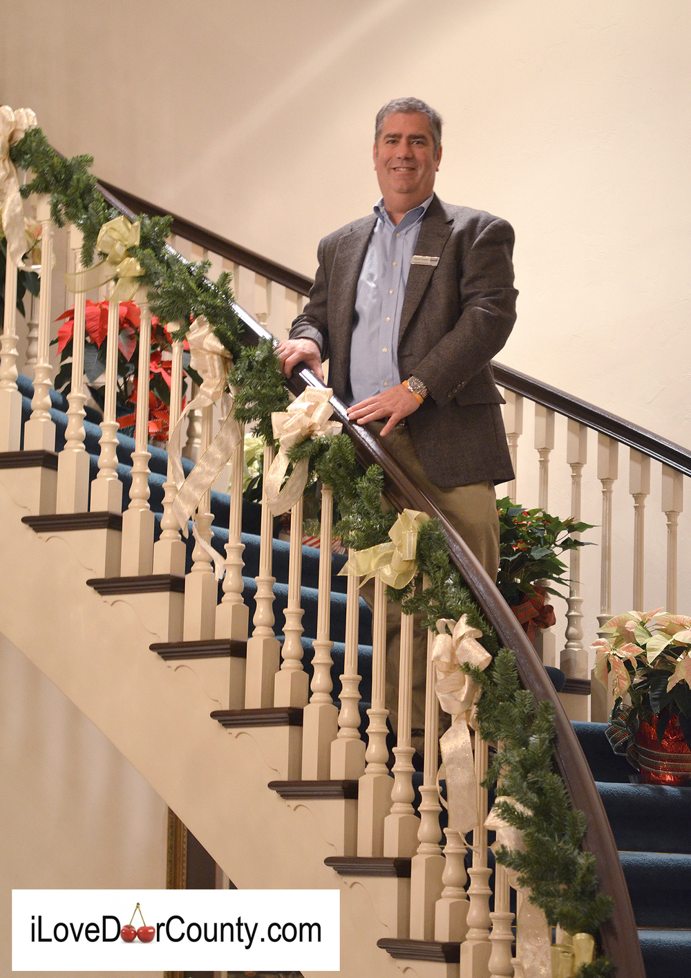 David Kaster  at  Ellison Bay Manor    hosting the Holiday Home Tour  to benefit  the  Northern Door County Children's Center