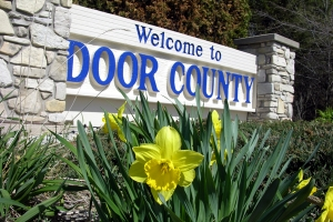 Door-County-Welcome-Sign-Hwy-42 copy.jpg
