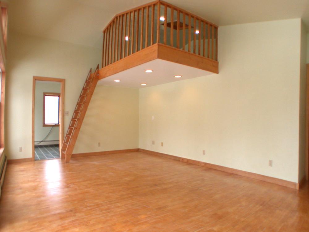 bedroom-03-loft.jpg