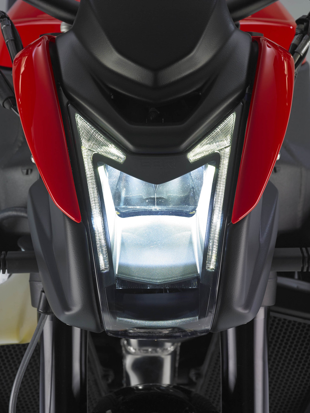 0614-11 EBR   1190SX Red Headlight .jpg