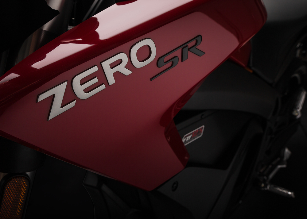 2015_zero-sr_detail_tank_1680x1200_press.jpg