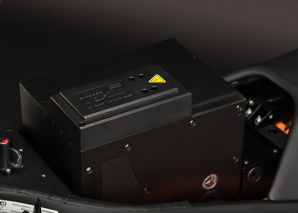 2014_zero-ds_detail_power-tank_1680x1200_press.jpg