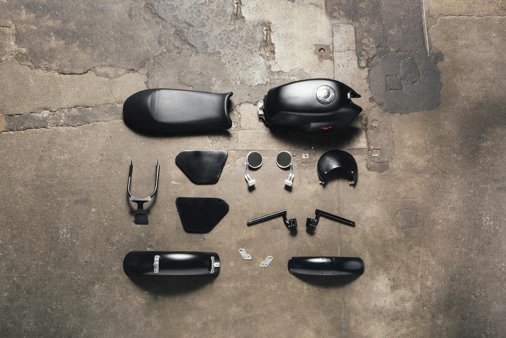 v7 custom kit_dark rider.jpg