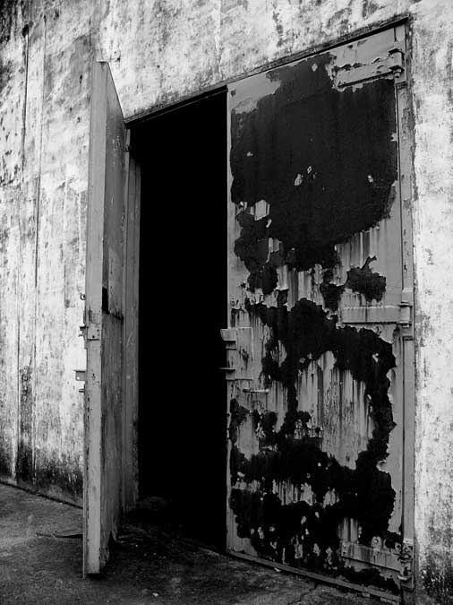 abandonspace018.jpg