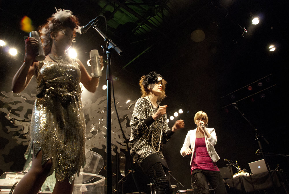 Performing with Imogen Heap