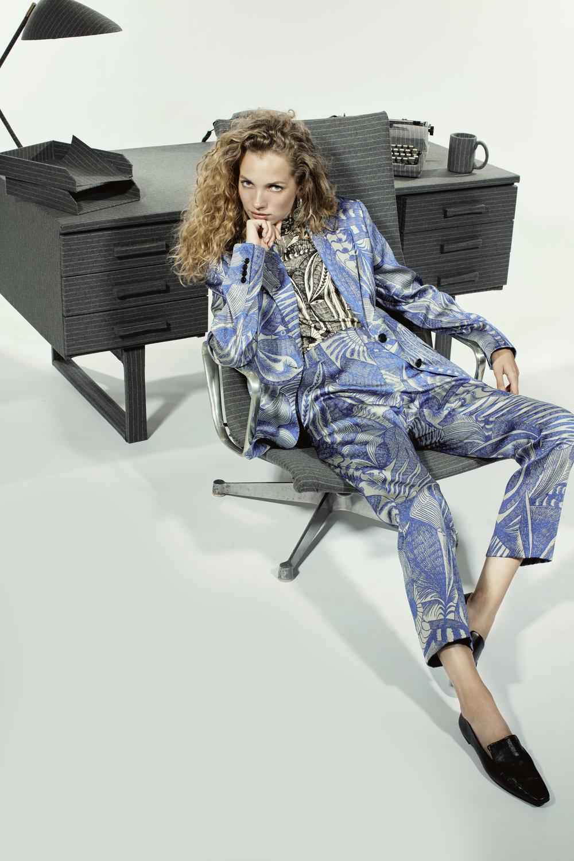 180822-WSJ-Off_Duty-Pantsuit-LOOK_3_DRIES-20651.jpg