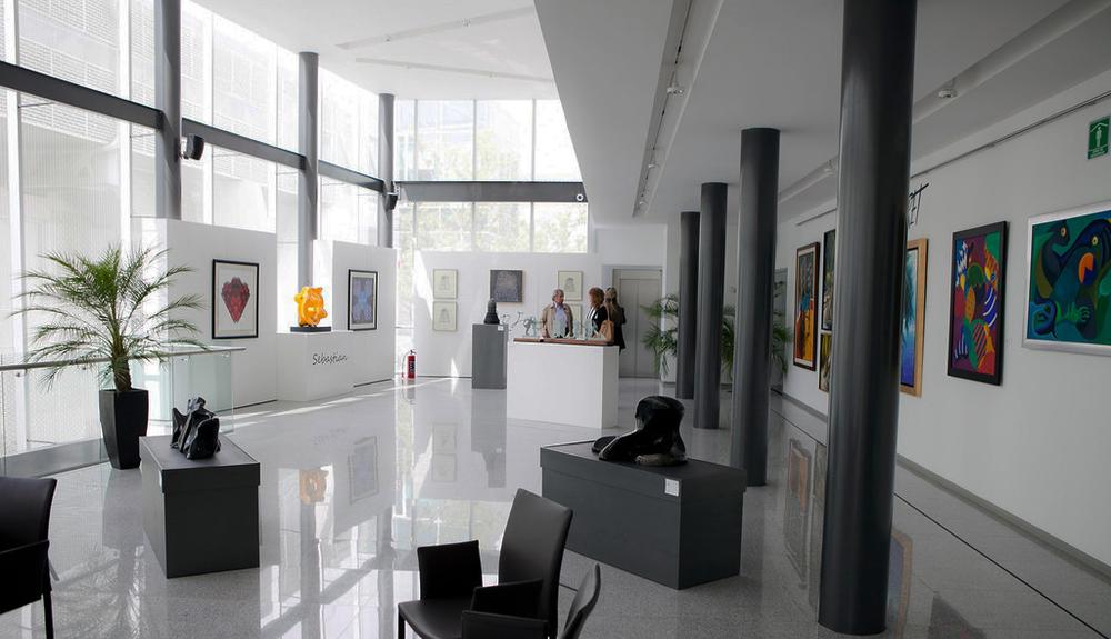 ART FAIR 2013 Galleries_287-XL_v2.jpg